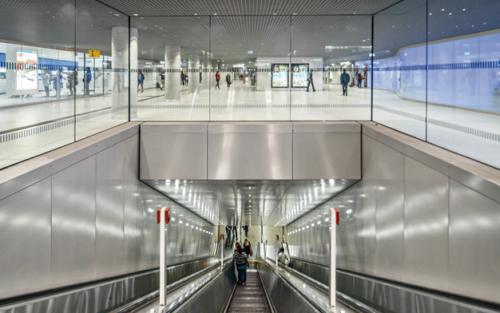 Bahnhöfe (AIT 01/02 | 2015)