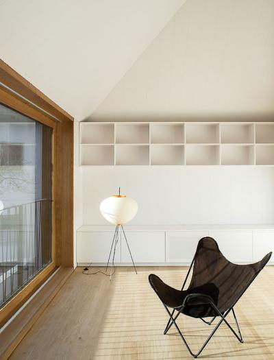 Haus U in Münsterlingen von Becker & Umbricht Architekten