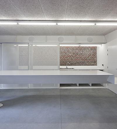 Mons Memorial Museum in Mons  von Atelier d´Architecture Pierre Hebbelinck