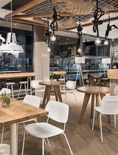 Cafébar Primo in Tübingen von Dittel Architekten