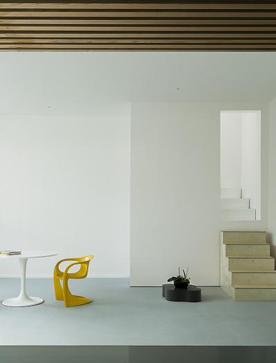 Apartment in London von West Architecture