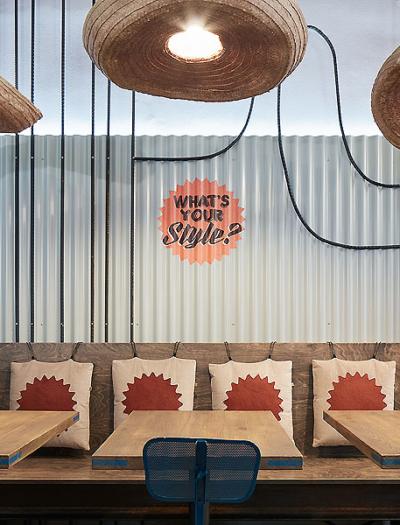 Restaurant in Prag von Studio Formafatal