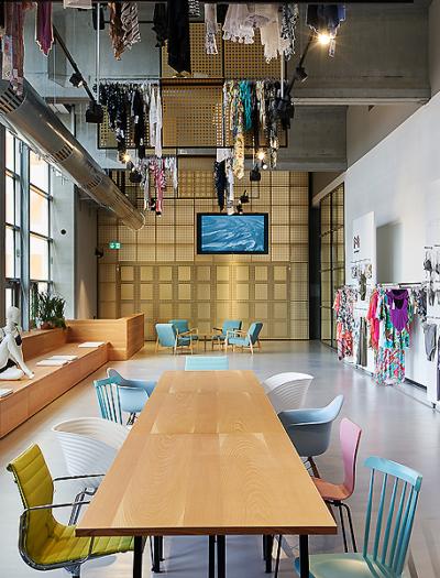 Maryan Beachwear Showroom in Laufenburg von andOffice
