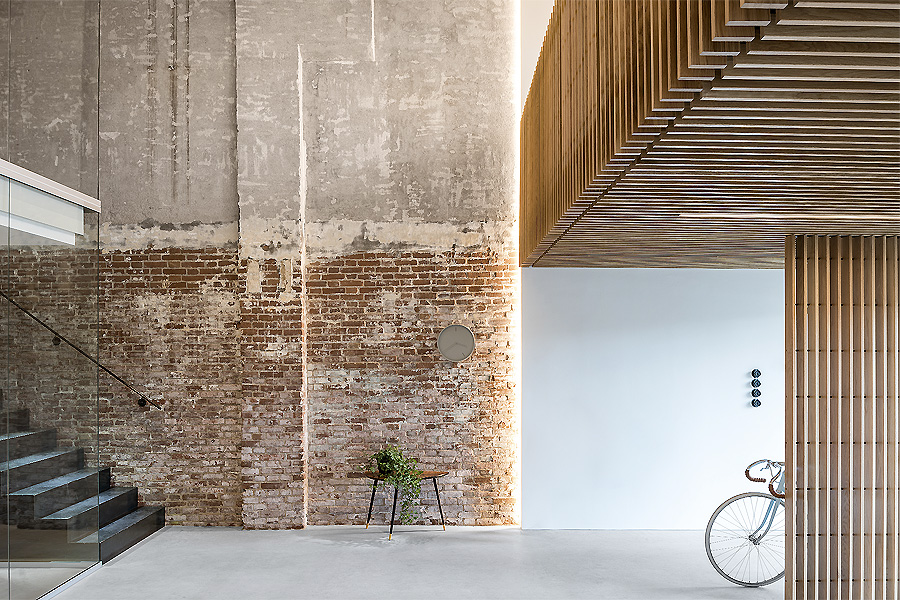 Converted Warehouse in Vlaardingen 02