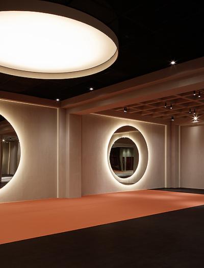 Springs Warehouse Gym in Dubai von VSHD Design