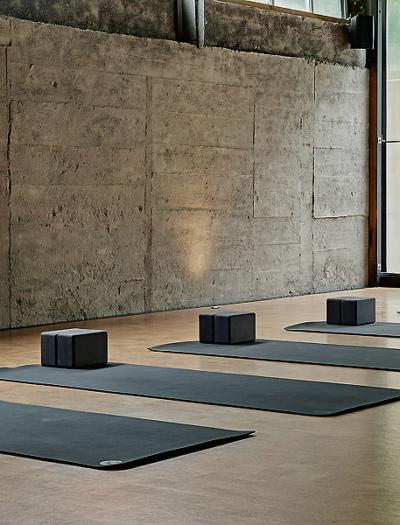 Basecamp Power Yoga Studio in Auckland von Studio 11:11