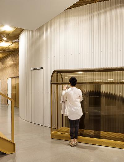 Kieferorthopädie in Montreal von Natasha Thorpe Design