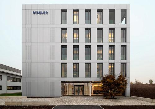 Stadler Verwaltungsgebäude in Altshausen 10