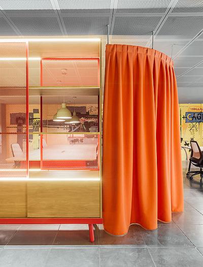 The Story Lab Headquarter in Madrid von Stone Designs
