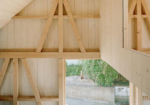 Kleines Haus in Jonschwil, Schweiz 09