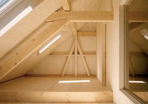 Kleines Haus in Jonschwil, Schweiz 11