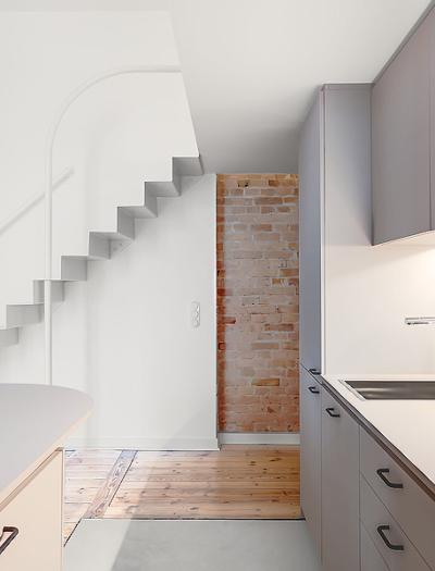 Micro-Apartment in Berlin von Paola Bagna und John Paul Coss