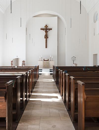 Lutherkirche in Cottbus von BvdM Architekten