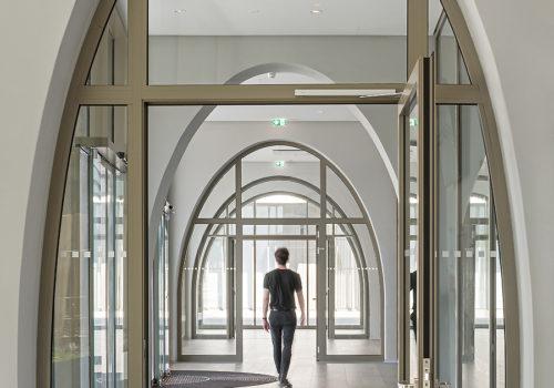 Institutsgebäude für Pharmazie in Salzburg 03