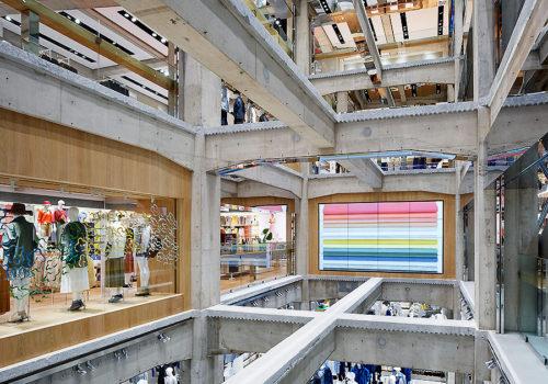 Uniqlo Store in Tokio 03