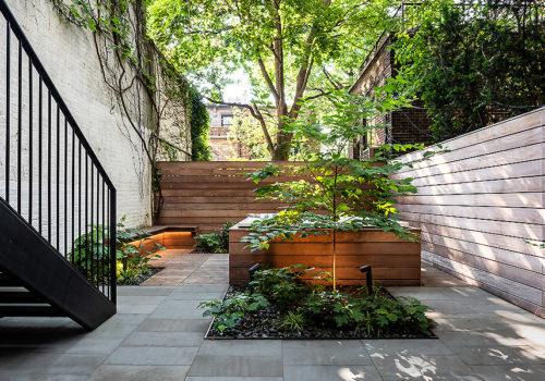 Neugestaltung der Außenanlagen eines Stadthauses in New York 08
