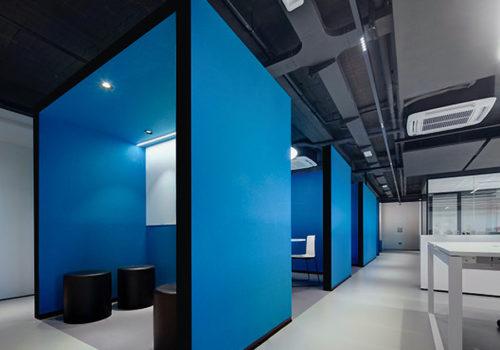 Büro in Rivoli von Architekturbüro PAT. 04