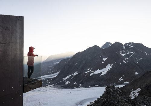 Aussichtsplattform am Schnaltalgletscher 08