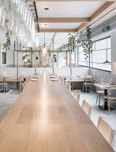 Restaurant La Hermosa de Alba in Santander von Zooco Estudio