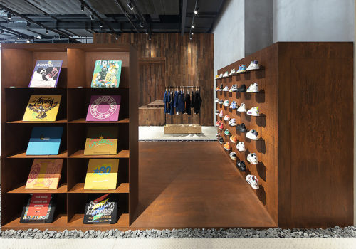 Store in Shenzhen 10