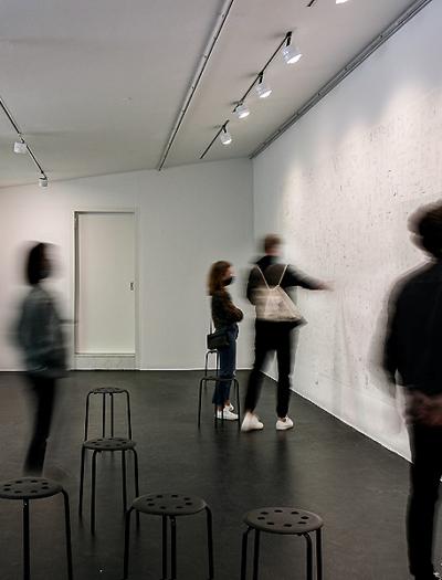 """""""No-Stop Home-Office"""" in der Architekturgalerie München von Florian Bengert"""