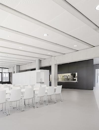Umbau und Erweiterung des Berufsschulzentrums in Rottweil von Vielmo Architekten