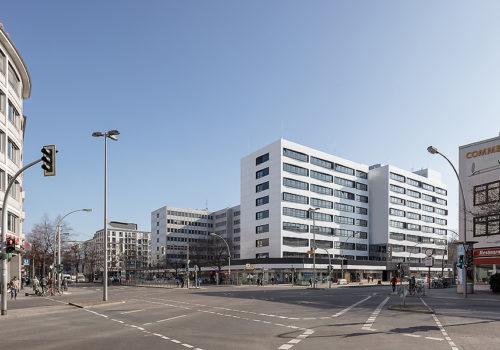 Büro- und Geschäftshaus in Berlin 01