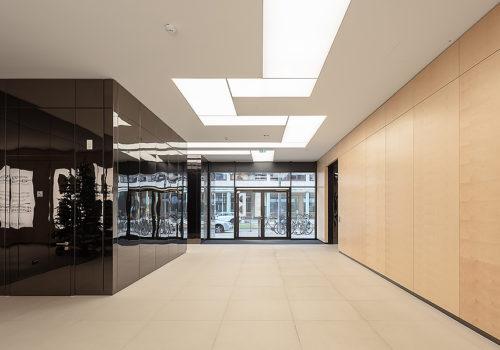 Büro- und Geschäftshaus in Berlin 06