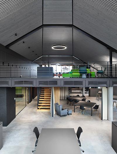 Bürogebäude am Bahnhof Freudenstadt von w : architekten