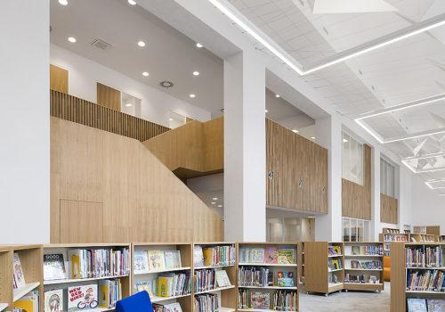 Bibliothek in Prag 01