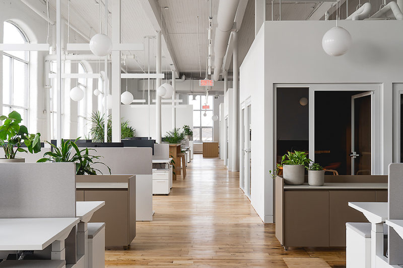 Büro in Montreal 01