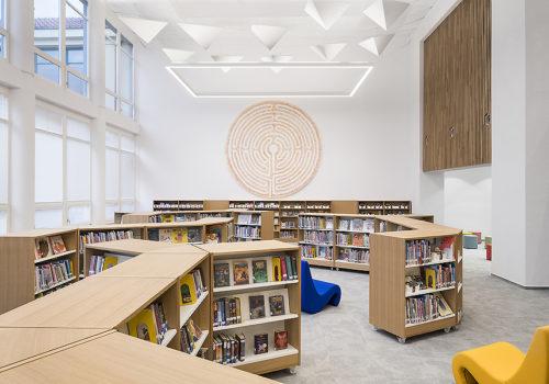 Bibliothek in Prag 05