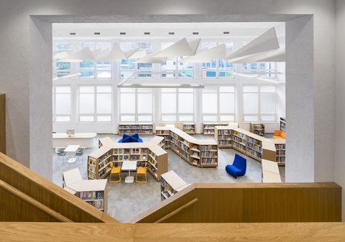 Bibliothek in Prag 07