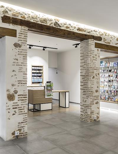 Apotheke in Valencia von Destudio Arquitectura