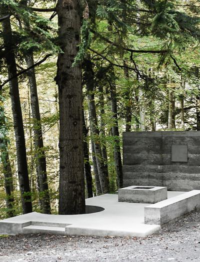 Raumskulptur am Ort der einstigen Masellahütte in Dafins von Marte.Marte Architekten