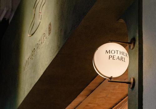 Mother Pearl in Hongkong 02