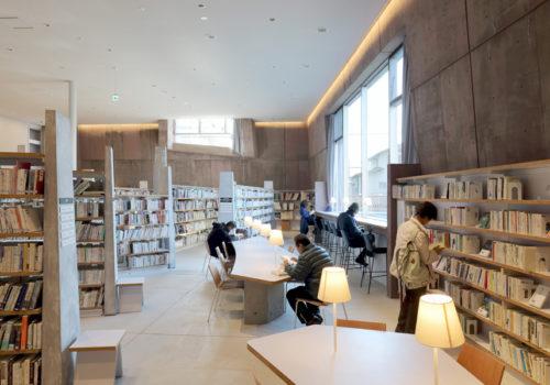Neue Stadtbibliothek in Matsubara 04