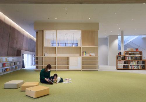 Neue Stadtbibliothek in Matsubara 09