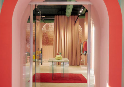 Flagship-Store in Barcelona 01
