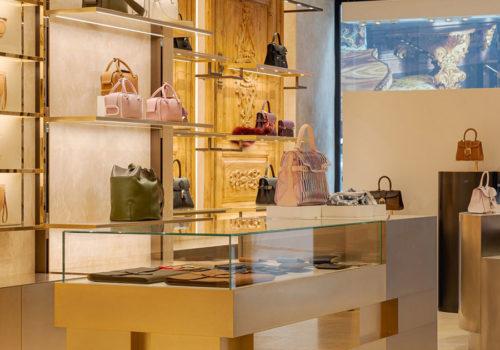 Delvaux Boutique in Paris 01