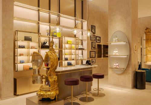 Delvaux Boutique in Paris 03