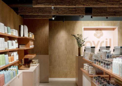 Kosmetikstore in Paris 03