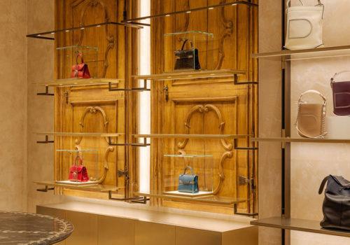 Delvaux Boutique in Paris 05