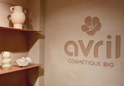 Kosmetikstore in Paris 07