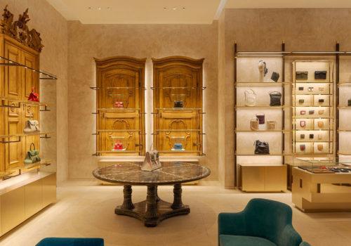 Delvaux Boutique in Paris 08