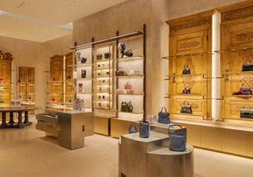 Delvaux Boutique in Paris 09