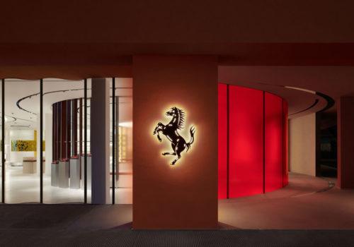 Ferrari Flagship-Store 01