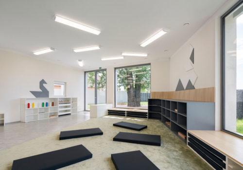 Montessori Kindergarten 02