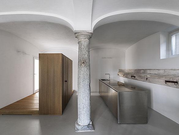 Apartment in Varese 01