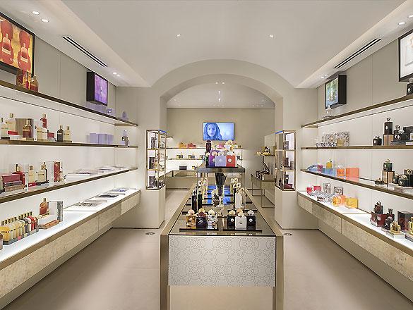 Parfümerie Mailand 01